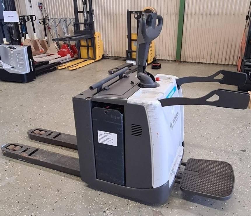 Atlet PMR200P 2000 kg, Låglyftare med plattform, Materialhantering