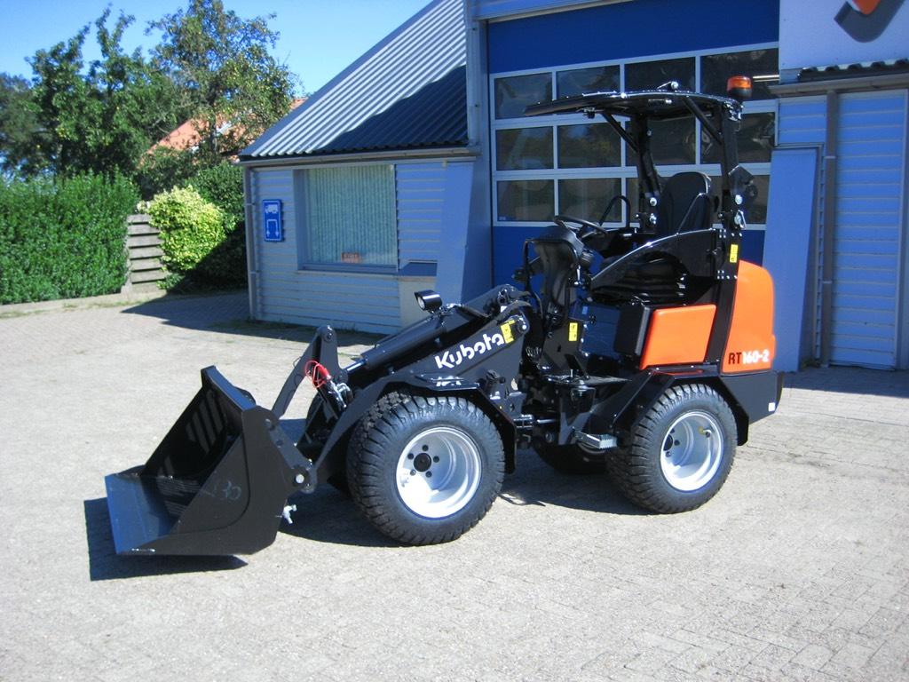 Kubota RT160-2, Miniladers, Bouw