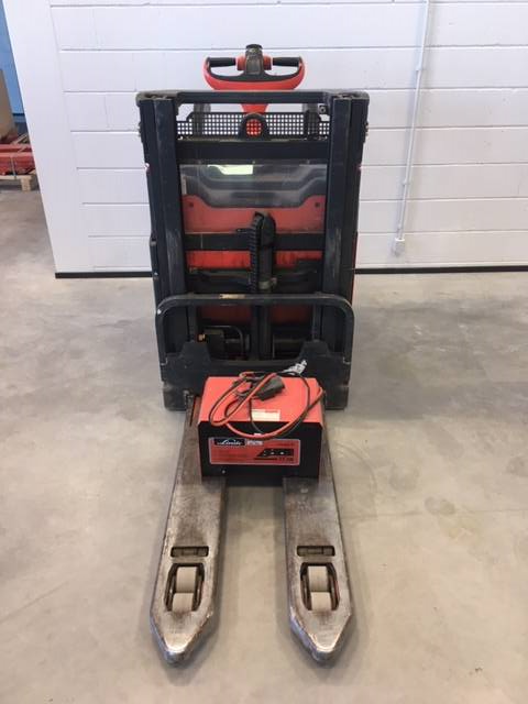 Linde L12LHPAP/133, Low lifter with platform, Material Handling