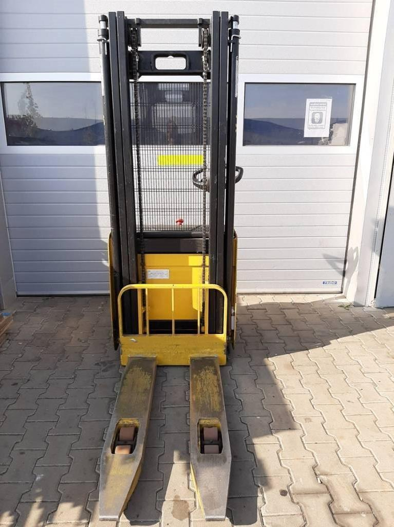Yale MS12 AC, Pedestrian stacker, Material Handling