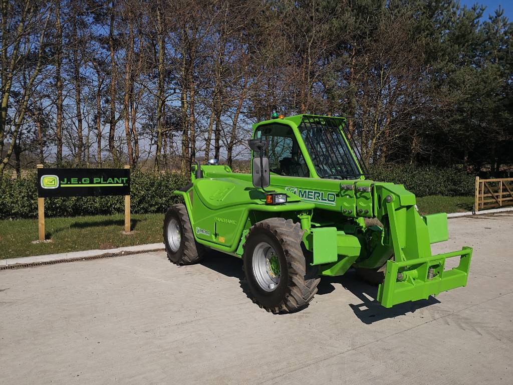 Merlo 38.12 Plus, Telehandlers for agriculture, Agriculture