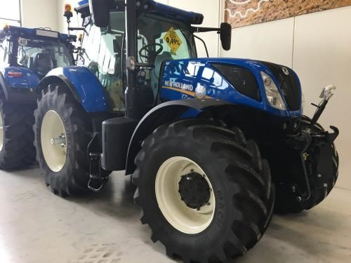 New Holland T7.270 AC T4B