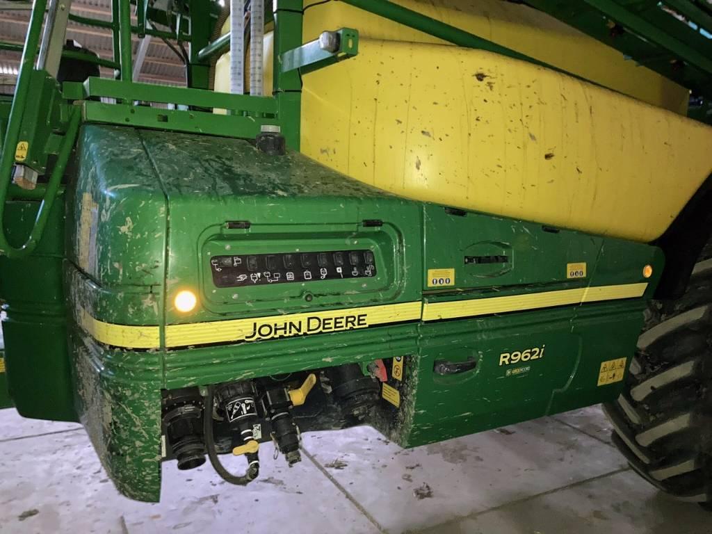 John Deere R 962 i, Getrokken spuitmachines, Landbouw