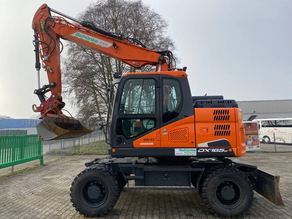 Doosan DX 165 W-3, Wheeled Excavators, Construction Equipment