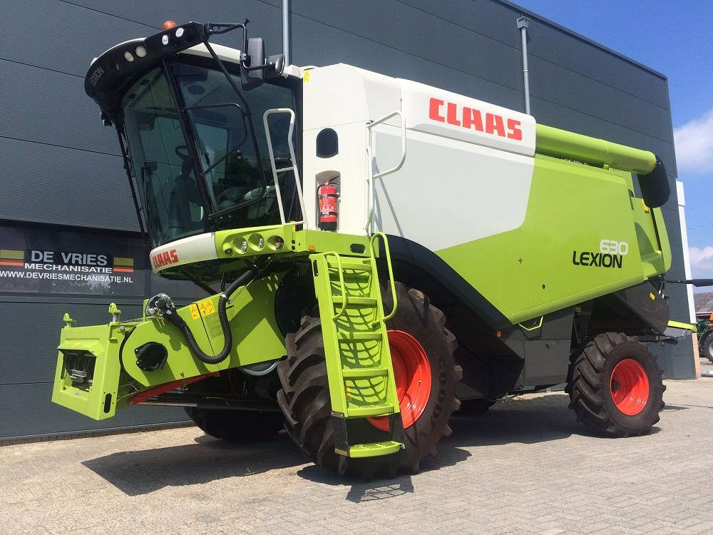 CLAAS LEXION 630 T4i, Maaidorsmachines, Landbouw