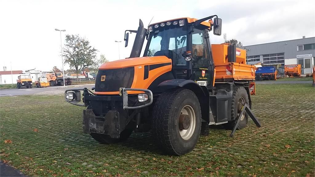 JCB Fastrac 2155-4WS Winterdienst, Traktoren, Landmaschinen