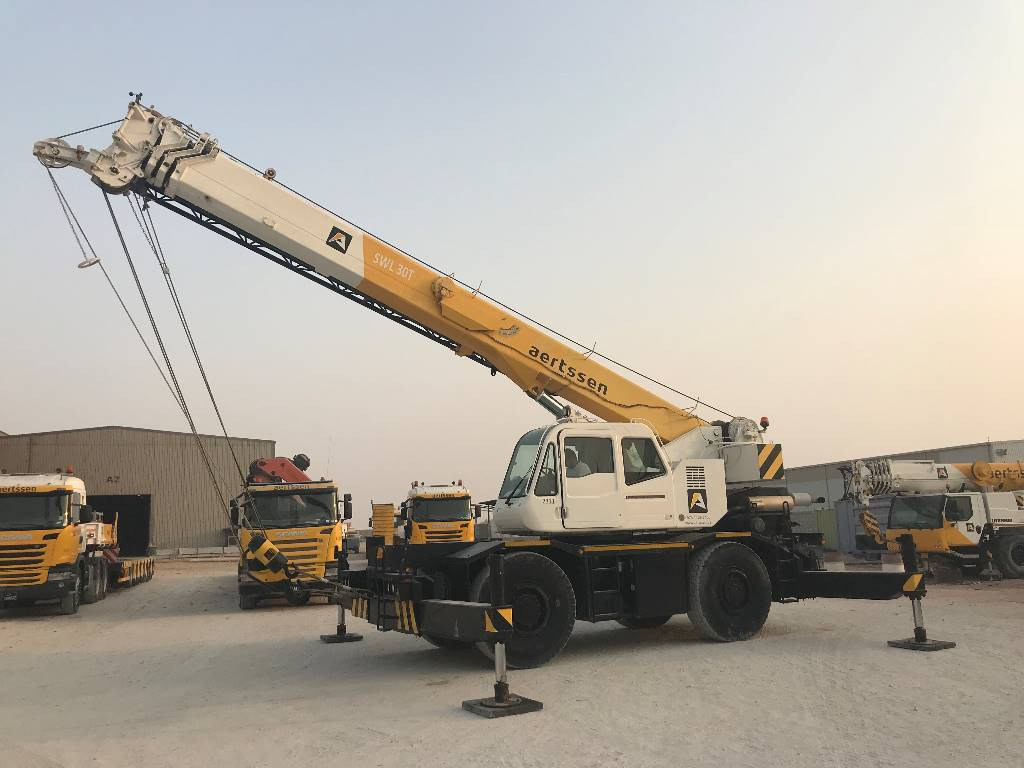 Tadano GR300EX (Qatar), Rough terrain cranes, Construction