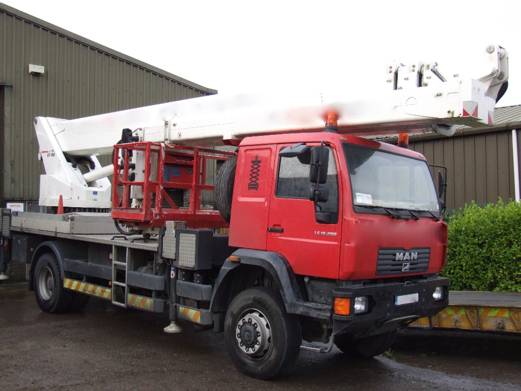 MAN Wumag WT 450, Truck mounted aerial platforms, Construction