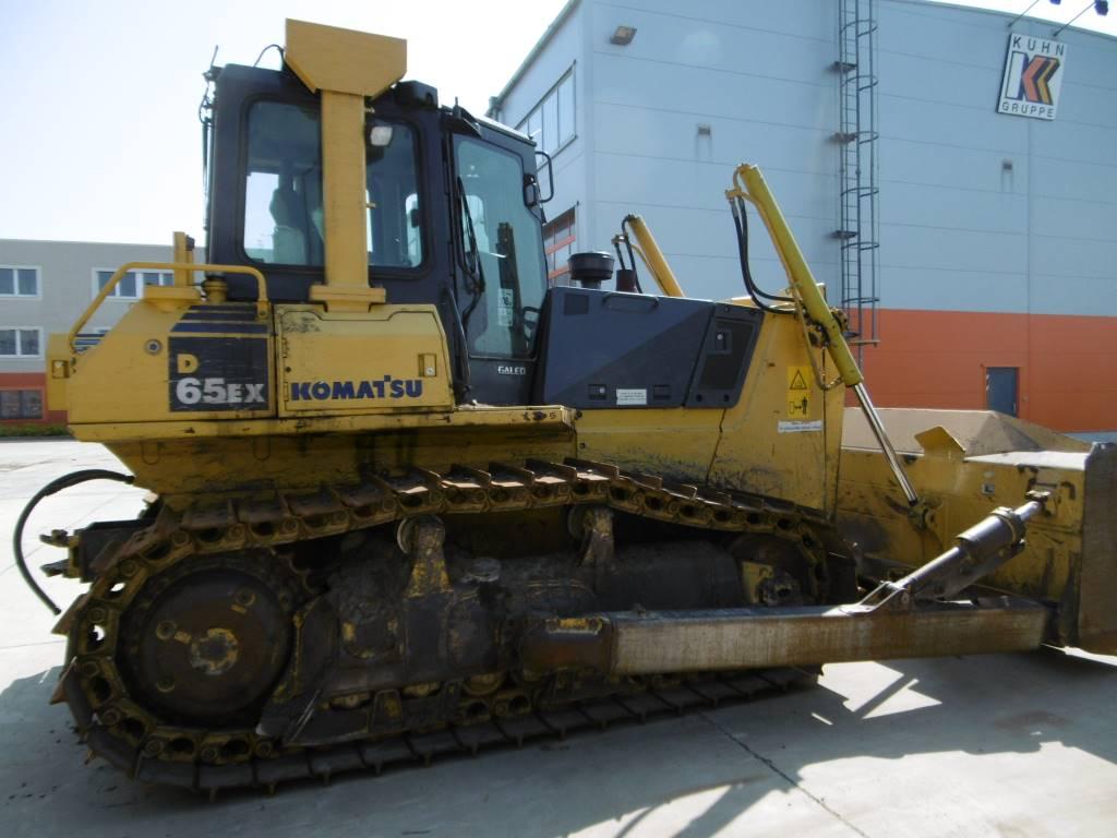 Komatsu D65EX-15E0, Crawler dozers, Construction Equipment