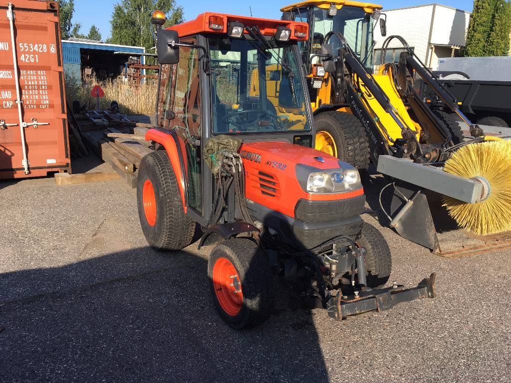 Kubota STV-32 FR1, Traktorit, Maatalouskoneet