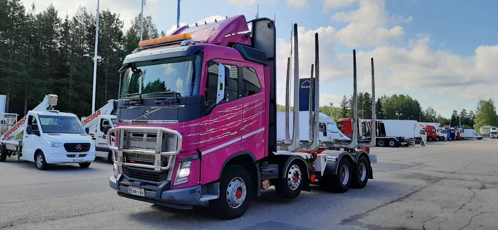 Volvo FH16, Puuautot, Kuljetuskalusto