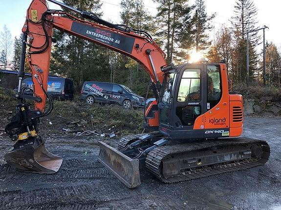Doosan DX 140LCR-5, Crawler Excavators, Construction Equipment