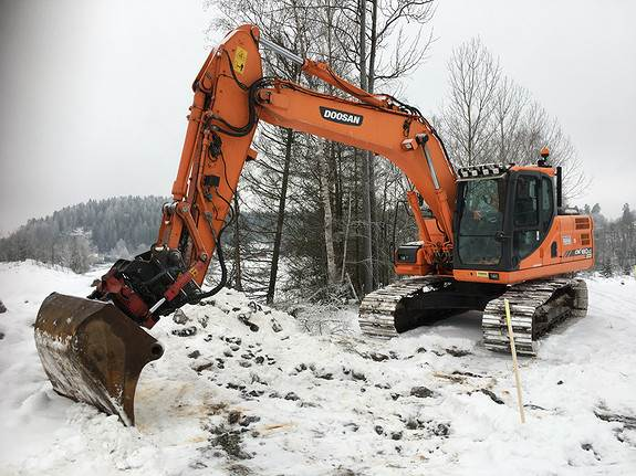 Doosan DX 180LC-3, Crawler Excavators, Construction Equipment