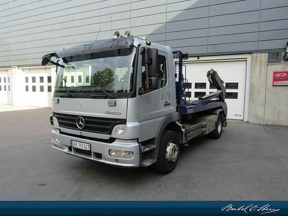 Mercedes-Benz 1529L/42AT, Andre lastebiler, Transport