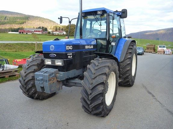 New Holland 8340 SL