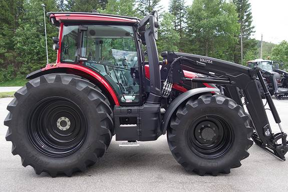 Valtra G135, Traktorer, Landbruk