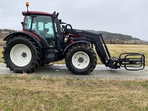 Valtra N154 E, Traktorer, Landbruk