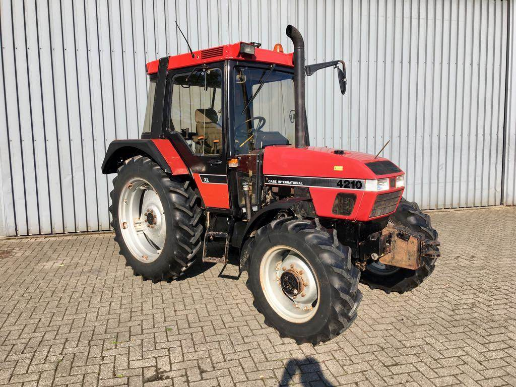 Case IH international 4210 XL