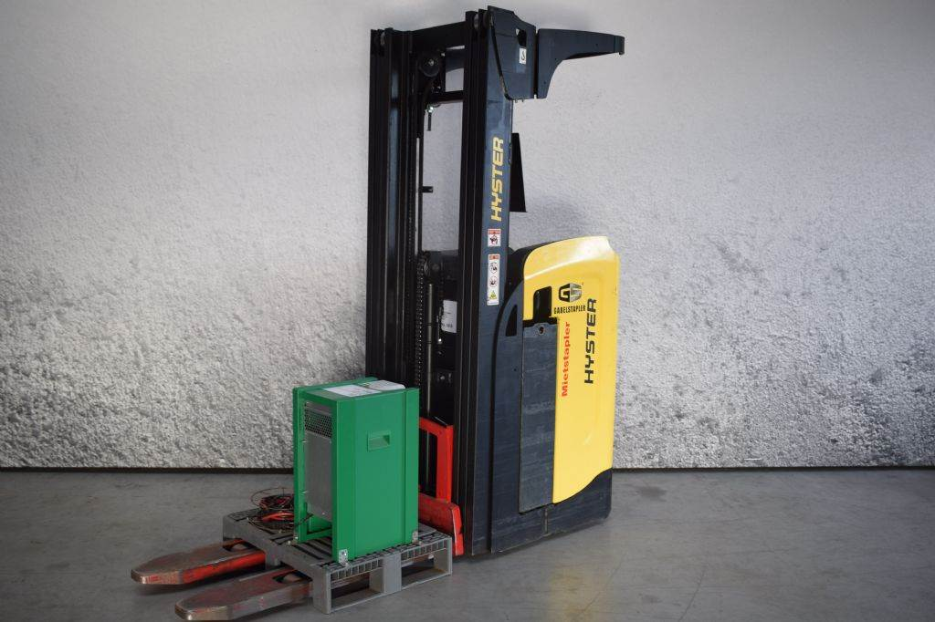 Hyster RS 1.6, Self Propelled Stackers, Material Handling