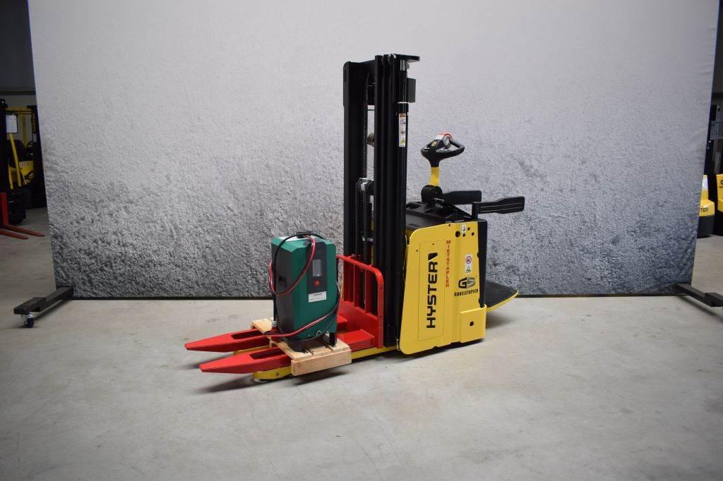 Hyster S 1.5 S, Pedestrian stacker, Material Handling
