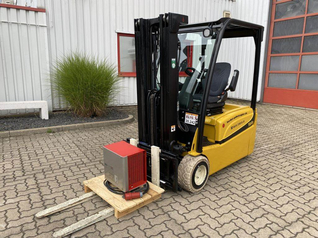 Yale ERP20VT LWB, Electric counterbalance Forklifts, Material Handling