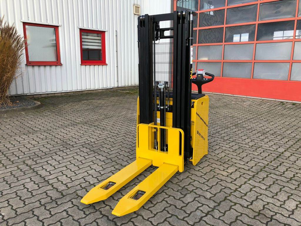 Yale MS14ILAC, Pedestrian stacker, Material Handling