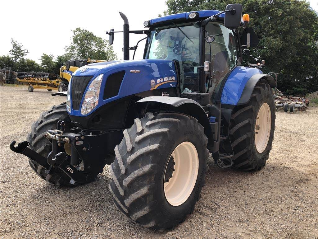 New Holland T7.270 AC frontlift PTO