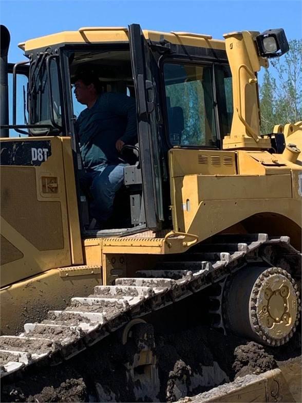 Caterpillar D8T, Crawler dozers, Construction Equipment
