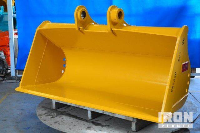 Emaq 80 Excavator Bucket- Fits Cat 330 - Unused