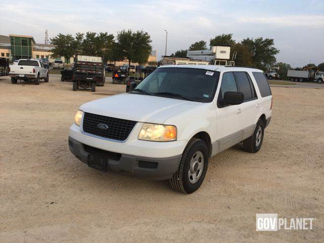 Ford Expedition Xlt  Automobiles Suvs