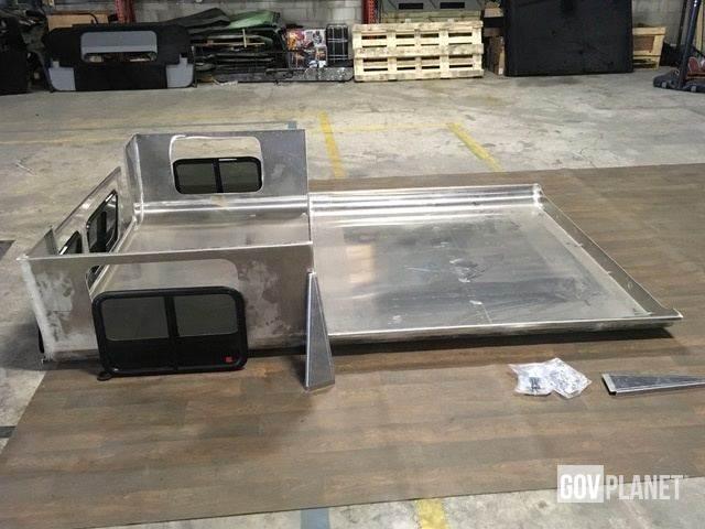 hmmwv humvee hard top wagon back kit aux ench res hmmwv humvee hard top wagon back kit. Black Bedroom Furniture Sets. Home Design Ideas