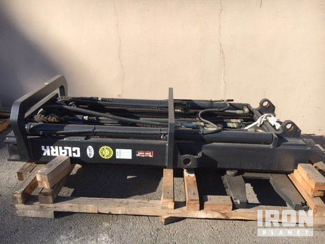 [Other] Triple Stage Forklift Mast W/ Carriage Assembly -