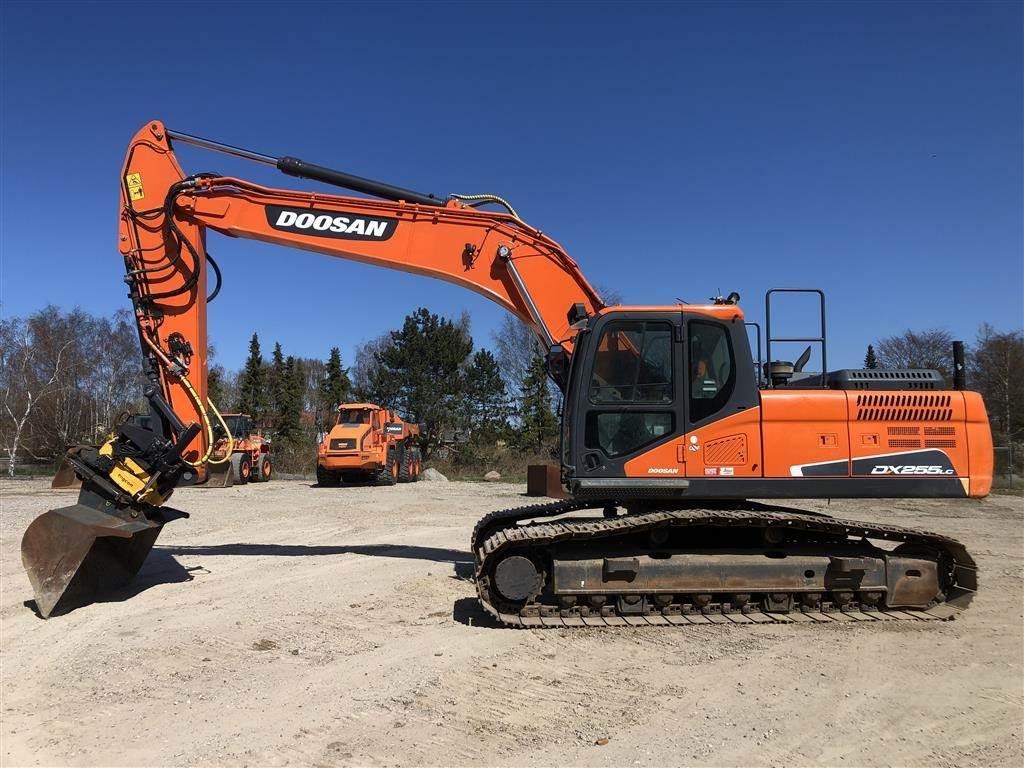 Doosan DX255 LC-5, Crawler Excavators, Construction Equipment