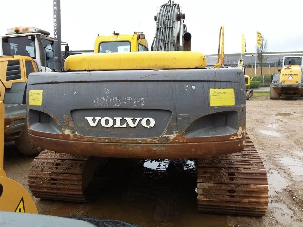 Volvo EC240 CL, Gravemaskiner på larvebånd, Entreprenør