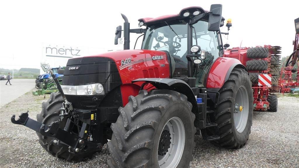 Case IH Puma 240 CVX Demo traktor