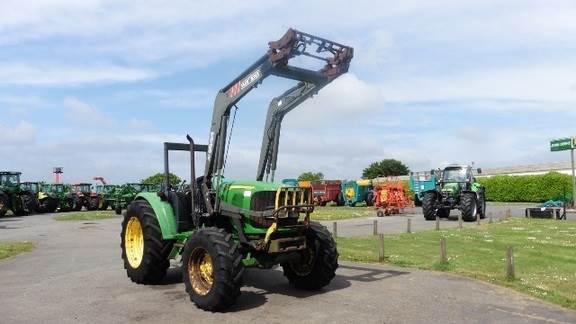 John Deere Tracteur agricole JOHN DEERE 6220