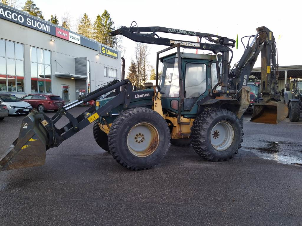 Lännen 740S, Backhoe loaders, Construction