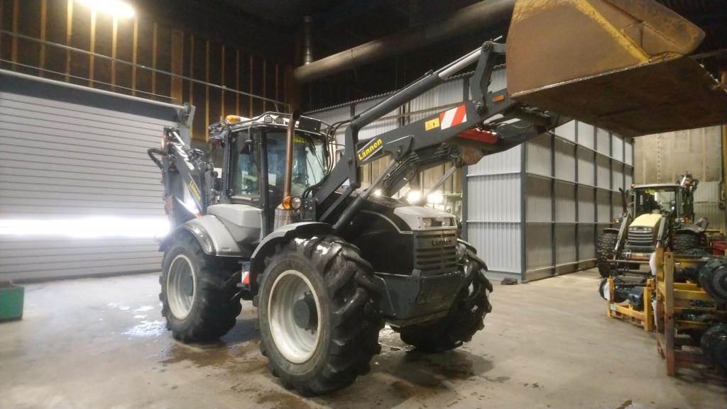 Lännen 8800i, Backhoe loaders, Construction