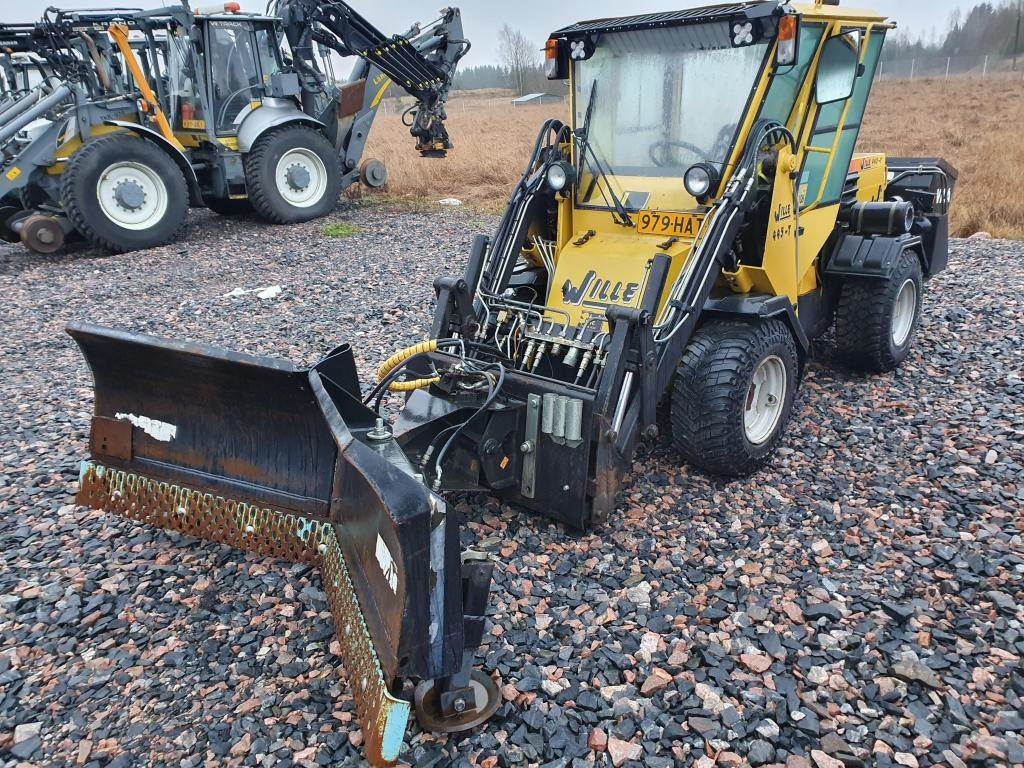 Wille 445, Tool carriers, Construction