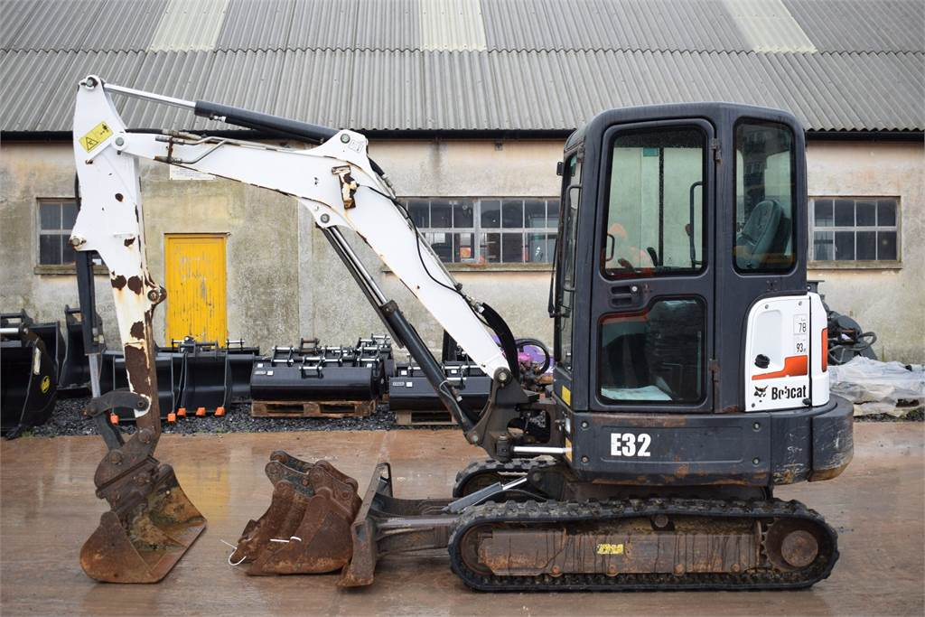 Bobcat E32, Mini digger, Construction Equipment