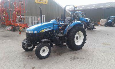 New Holland TD5020 TRACTOR