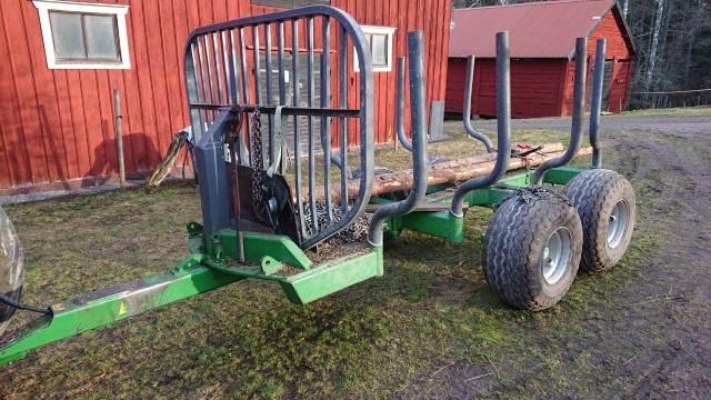 Farma 9 TON, Skogsvagnar, Skogsmaskiner