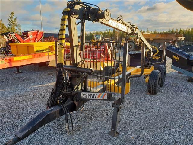 FMV 220C, Skogsvagnar, Skogsmaskiner