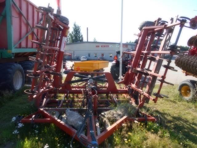 Gregoire BESSON 700, Harvar, Lantbruk