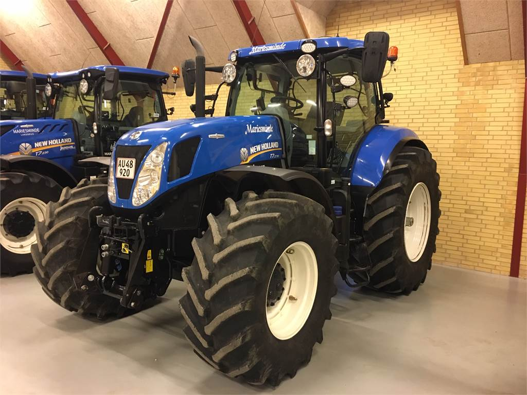 New Holland T7.270AC MY 15
