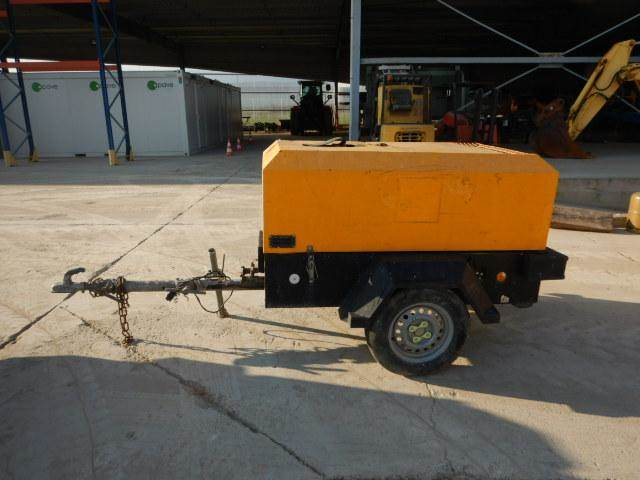 Doosan 7/31, Compressors, Construction Equipment