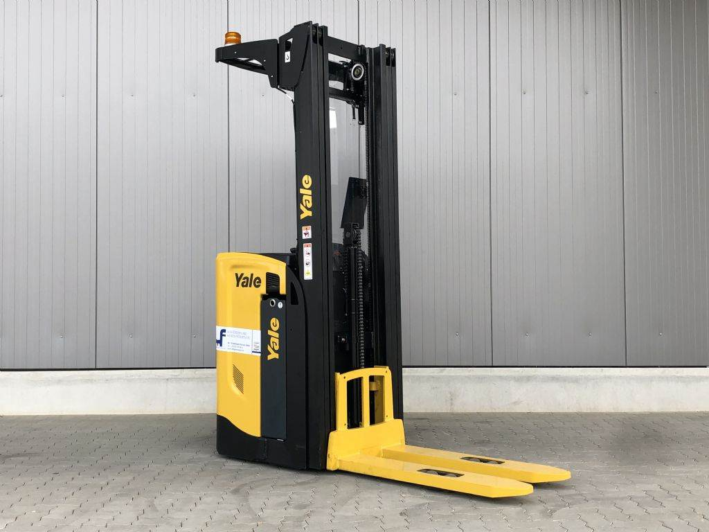Yale MS16S, Pedestrian stacker, Material Handling