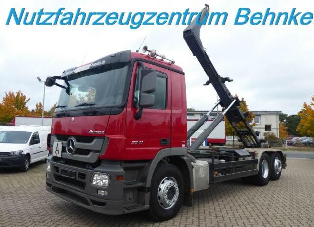Mercedes-Benz Actros 2541 L Meiller Schub+Knick 20.67/LiftLenk, Abrollkipper, LKW/Transport
