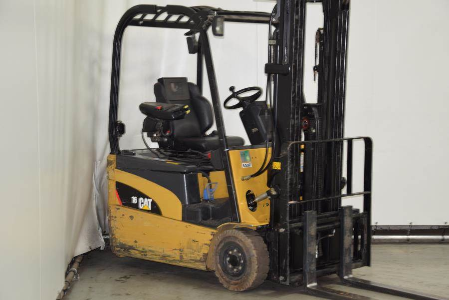 Caterpillar EP16NT, Electric forklifts, Material Handling