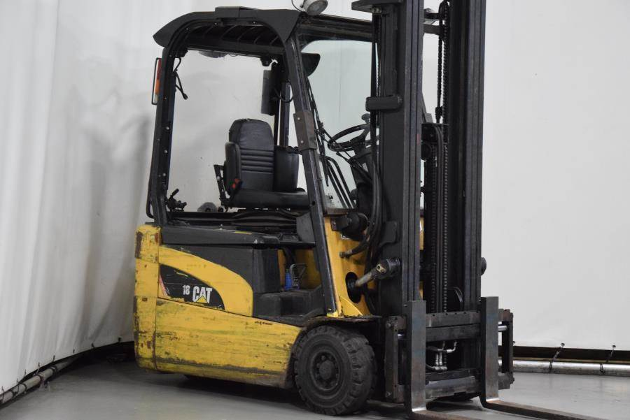 Caterpillar EP18NT, Electric forklifts, Material Handling